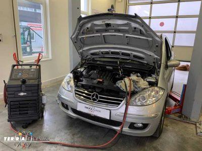 TerraClean_Belső_motortisztítás_Mercedes_A200_v37